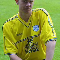 St Johnstone FC photocall season 2001/02<br />David Dodds<br /><br /><br />Picture by Graeme Hart.<br />Copyright Perthshire Picture Agency<br />Tel: 01738 623350  Mobile: 07990 594431