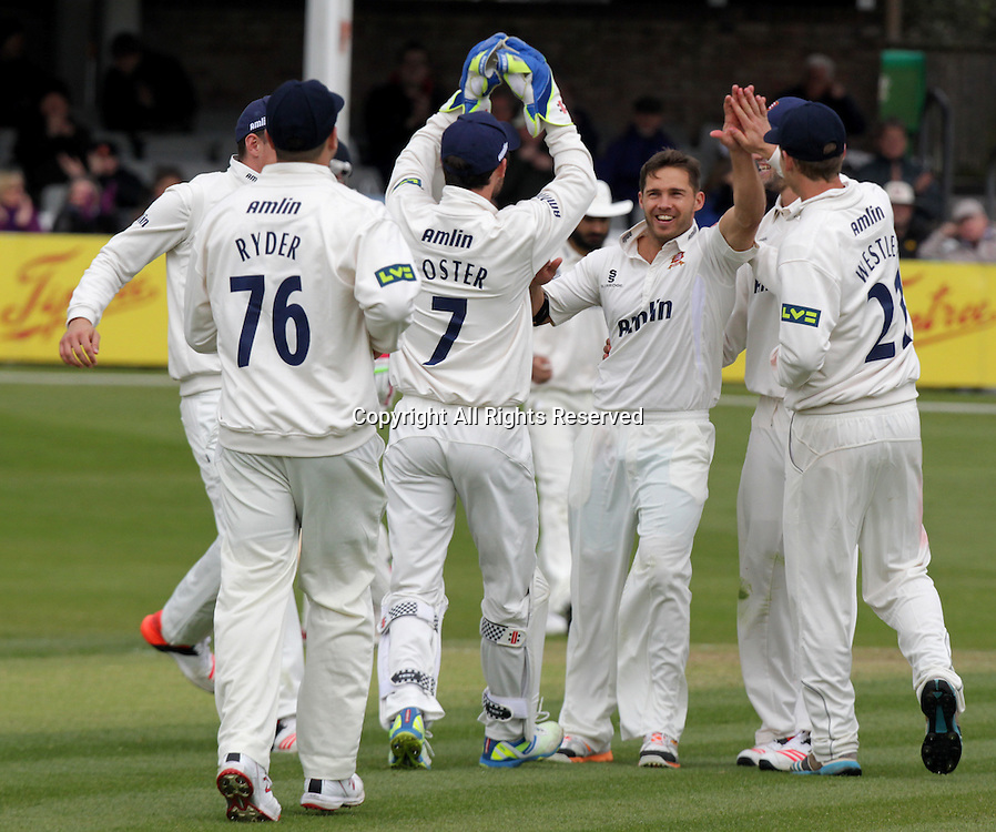 Essex players and Greg Smith celebrates taking the wicket of Sam Billings 19.04.2015 Chelmsford, Essex. LV County Championship -  Essex CCC versus Kent CCC.  Action at the Essex County Ground, Chelmsford, Essex.