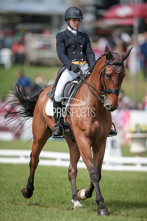 COOLEY EARL ridden by Georgie Strang at Bramham International Horse Trials 2016 at Bramham Park, Bramham, United Kingdom on 9 June 2016. Photo by Mark P Doherty.