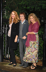 Left to right, JERRY HALL and BILL & SUZANNE WYMAN at the annual Sir David & Lady Carina Frost Summer Party in Carlyle Square, London SW3 on 5th July 2007.<br />