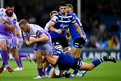 Billy Keast of Exeter Chiefs is challenged by Sam Nixon of Bath Rugby - Mandatory by-line: Ryan Hiscott/JMP - 21/09/2019 - RUGBY - Sandy Park - Exeter, England - Exeter Chiefs v Bath Rugby - Premiership Rugby Cup