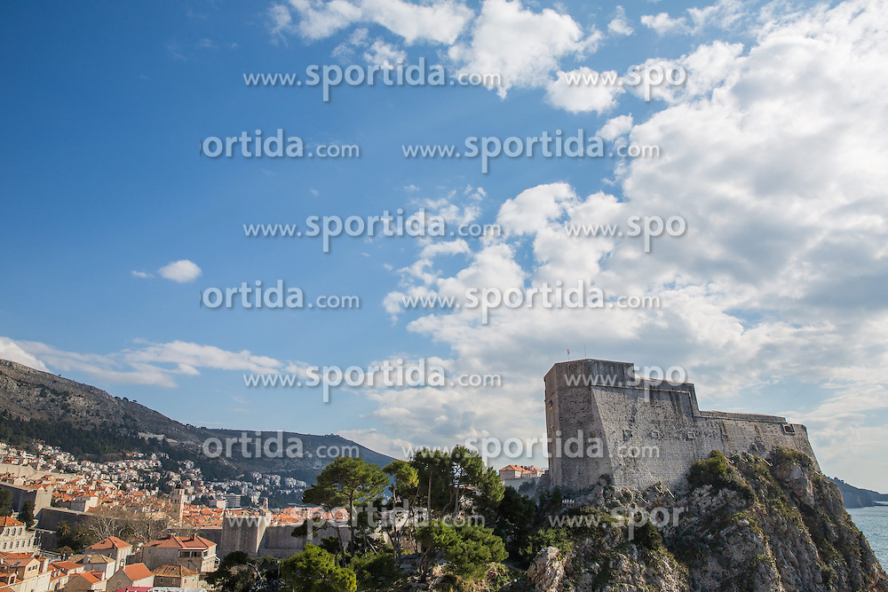 THEMENBILD - das Bild zeigt die Ansicht von Fort Lovrijenac vom Park Gradac // a view of Fort Lovrijenac from the park Gradac, pictured at Dubrovnik, Croatia on 2015/02/15. EXPA Pictures &copy; 2015, PhotoCredit: EXPA/ Pixsell/ Grgo Jelavic/PIX<br /> <br /> *****ATTENTION - for AUT, SLO, SUI, SWE, ITA, FRA only*****