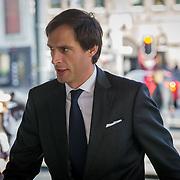 NLD/Amsterdam/20181027 - Herdenkingsdienst Wim Kok, Minister Wopke Hoekstra van Financiën