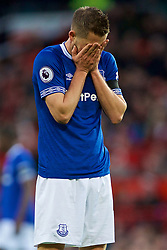 MANCHESTER, ENGLAND - Sunday, October 28, 2018: Everton's captain Gylfi Sigurdsson looks dejected after missing a chance during the FA Premier League match between Manchester United FC and Everton FC at Old Trafford. (Pic by David Rawcliffe/Propaganda)