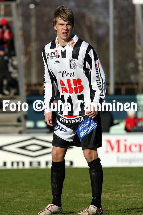21.04.2007, Hietalahti, Vaasa, Finland..Veikkausliiga 2007 - Finnish League 2007.Vaasan Palloseura - Tampere United.Jyri Hietaharju - VPS.©Juha Tamminen.....ARK:k