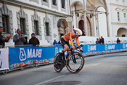 Anna van der Breggen (NED) arrives in the finish area at UCI Road World Championships 2018 - Elite Women's ITT, a 27.7 km individual time trial in Innsbruck, Austria on September 25, 2018. Photo by Sean Robinson/velofocus.com