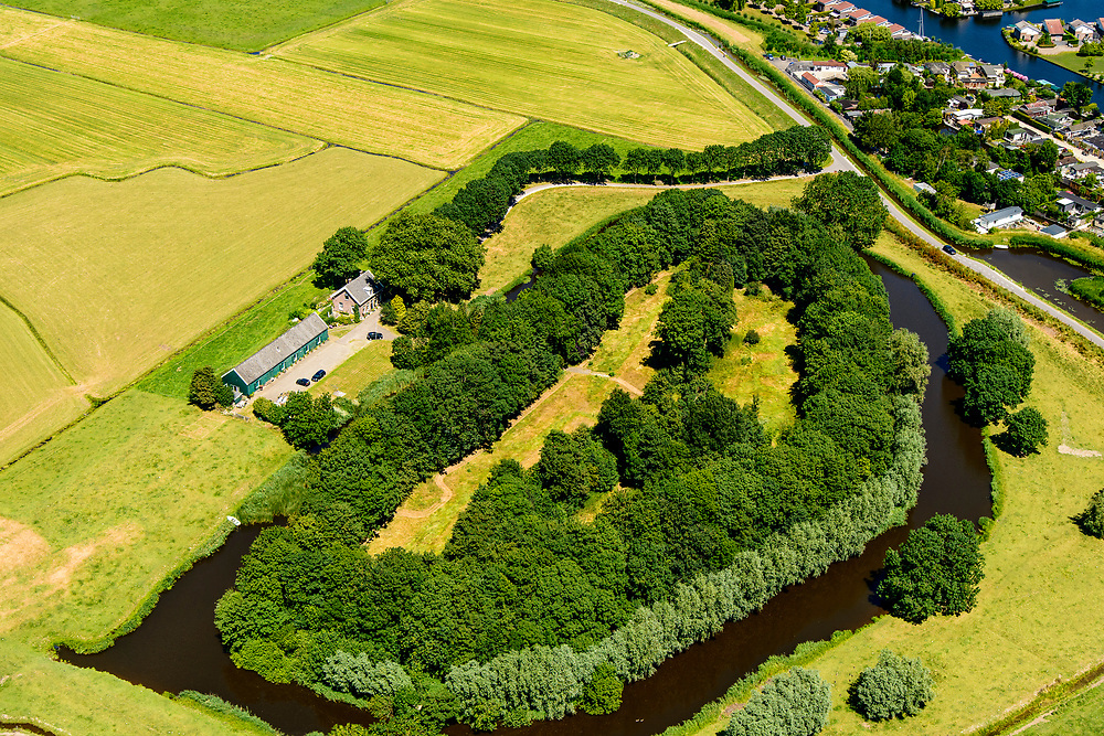 Nederland, Utrecht, Abcoude, 29-06-2018; Fort aan de Winkel, Winkeldijk. Onvoltooid fort, onderdeel Stelling van Amsterdam, nabij Vinkenveense Plassen.<br /> Fort at the Winkel, Winkeldijk. Unfinished fort, part of Stelling van Amsterdam, near Vinkenveense Plassen.<br /> <br /> luchtfoto (toeslag op standard tarieven);<br /> aerial photo (additional fee required);<br /> copyright foto/photo Siebe Swart