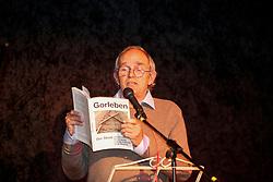 40 Jahre Gorleben, das heißt auch 40 Jahre Bürgerinitiative Umweltschutz Lüchow-Dannenberg e.V. – am 2. März 1977 wurde die BI in das Vereinsregister eingetragen. <br /> Dies nahm die BI zum Anlass, am 25.03.2017 zur Jubiläumsfeier in die Trebelner Bauernstuben  einzuladen. Im Bild: Rechtsanwalt Wolf Römmig, Gründungsmitglied der BI<br /> <br /> Ort: Trebel<br /> Copyright: Michaela Mügge<br /> Quelle: PubliXviewinG