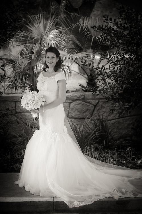 10/9/11 3:56:50 PM -- Zarines Negron and Abelardo Mendez III wedding Sunday, October 9, 2011. Photo©Mark Sobhani Photography