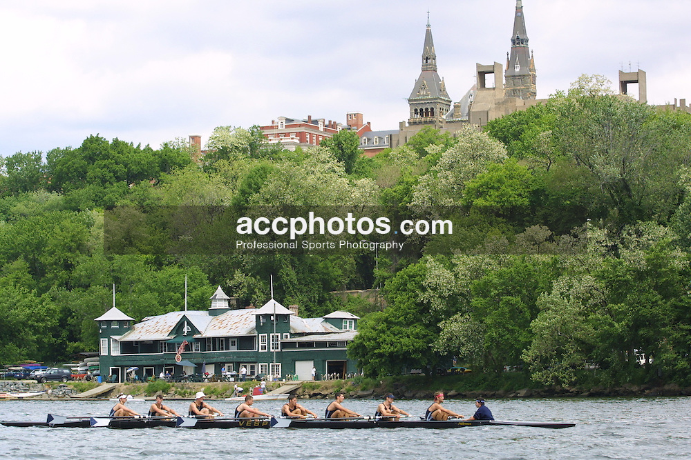 06 May 2001:  Georgetown Crew, with Georgetown University in background, on the Potomac River in Washington, DC.
