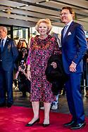3-4-2017 Tilburg - King Willem-Alexander, Her Majesty Queen Maxima and Her Royal Highness Princess Beatrix are Monday April 3, 2017 attended the Koningsdagconcert in Theaters Tilburg.<br /> The starting point for Koningsdagconcert to create an accessible and varied program where classical music plays an important role. COPYRIGHT ROBIN UTRECHT<br /> 3-4-2017 TILBURG - Koning Willem-Alexander, Hare Majesteit Koningin Maxima en Hare Koninklijke Hoogheid Prinses Beatrix zijn maandagavond 3 april 2017 aanwezig bij het Koningsdagconcert in Theaters Tilburg.<br /> Het uitgangspunt voor het Koningsdagconcert is een toegankelijk en gevarieerd programma samen te stellen waarin de klassieke muziek een belangrijke rol speelt. COPYRIGHT ROBIN UTRECHT