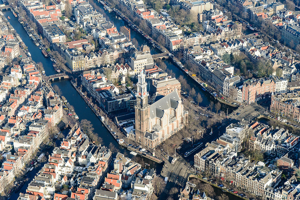 Nederland, Noord-Holland, Amsterdam, 28-10-2016; winters stadsgezicht grachtengordel rond Westermarkt en Raadhuisstraat, Westerkerk met Westertoren, Negen straatjes.<br /> inter cityscape Amsterdam city centre with belt of canals.<br /> luchtfoto (toeslag op standard tarieven);<br /> aerial photo (additional fee required);<br /> copyright foto/photo Siebe Swart