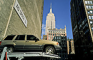New York. parking lot and The empire state building / Manhattan  New York  Usa /  l'empire state building Manhattan  New York