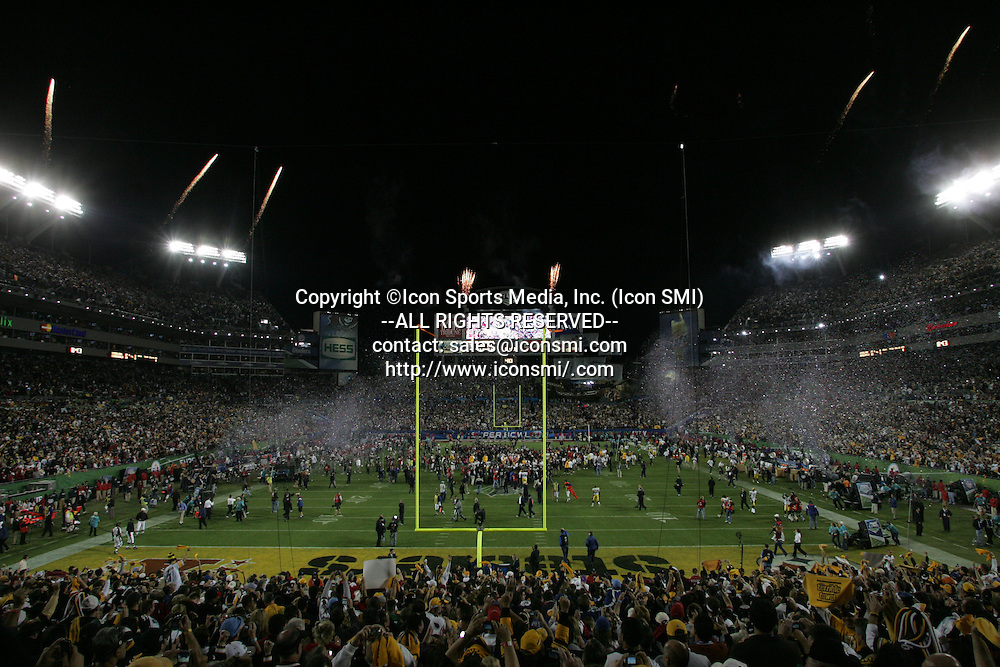 01 FEB 2009: The fireworks are fired and confetti launched as the game ends with the Steelers winning their record sixth Super Bowl,  Super Bowl XLIII with the Arizona Cardinal versus the Pittsburgh Steelers at Raymond James Stadium in Tampa, Florida.