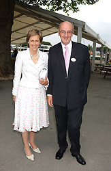 The 12th DUKE & DUCHESS OF DEVONSHIRE at the King George VI and The Queen Elizabeth Diamond Stakes sponsored by De Beers held at Newbury Racecourse, Berkshie on 23rd July 2005.<br /><br />NON EXCLUSIVE - WORLD RIGHTS