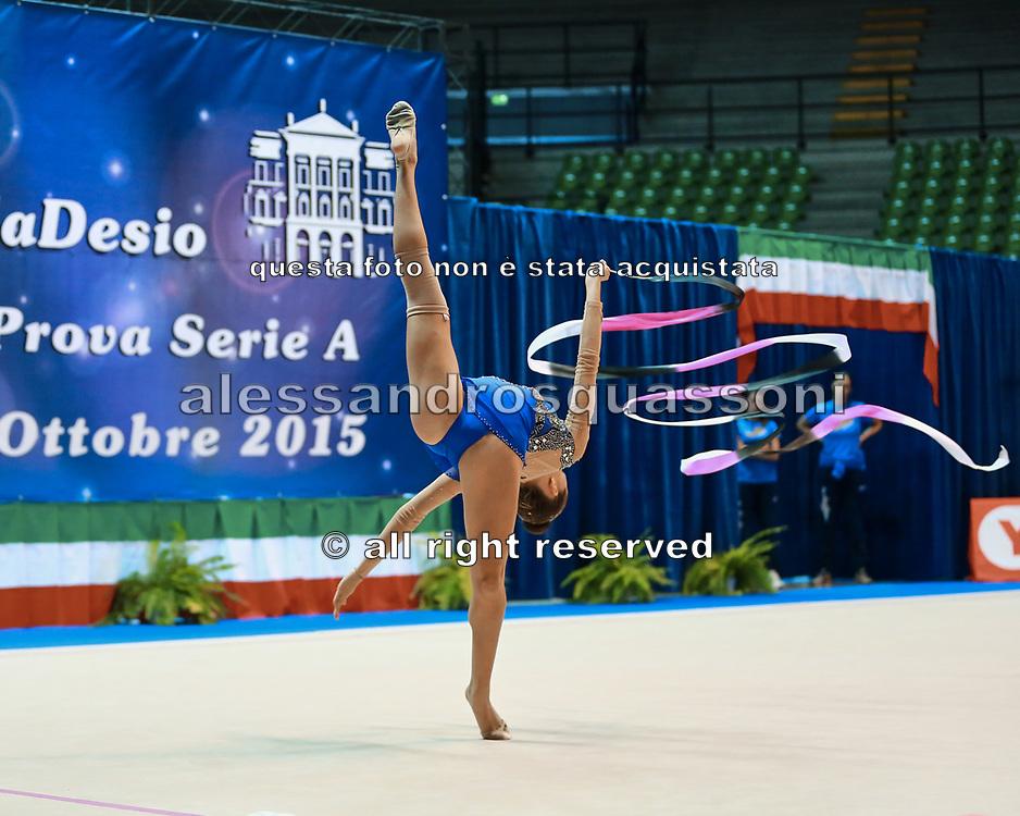 Ylenia Catta atleta della società Auxilium di Genova durante la seconda prova del Campionato Italiano di Ginnastica Ritmica.<br /> La gara si è svolta a Desio il 31 ottobre 2015.