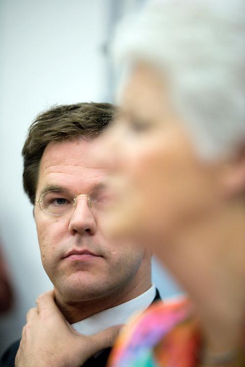 Nederland. Den Haag, 13 juni 2007.<br /> Mark Rutte en Sybilla Dekker tijdens de presenatie van het rapport van de commissie Dekker.<br /> Foto Martijn Beekman <br /> NIET VOOR TROUW, AD, TELEGRAAF, NRC EN HET PAROOL
