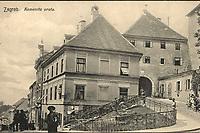 Zagreb : Kamenita vrata. <br /> <br /> ImpresumZagreb : Naklada papirnice A. Brusina, 1907.<br /> Materijalni opis1 razglednica : tisak ; 8,5 x 13,2 cm.<br /> NakladnikTiskara A. Brusina<br /> Mjesto izdavanjaZagreb<br /> Vrstavizualna građa • razglednice<br /> ZbirkaGrafička zbirka NSK • Zbirka razglednica<br /> Formatimage/jpeg<br /> PredmetZagreb –– Kamenita vrata<br /> SignaturaRZG-KAM-7<br /> Obuhvat(vremenski)20. stoljeće<br /> NapomenaRazglednica je putovala 1908. godine.<br /> PravaJavno dobro<br /> Identifikatori000953393<br /> NBN.HRNBN: urn:nbn:hr:238:004932 <br /> <br /> Izvor: Digitalne zbirke Nacionalne i sveučilišne knjižnice u Zagrebu