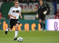 14.10.2009, HSH Nordbank Arena, Hamburg, GER, WM Qualifikation, Deutschland GER vs Finnland FIN , im Bild Philipp Lahm  (  Ger / Bayern #16), EXPA Pictures © 2009 for Austria, Italy and United Kingdom only, Photographer EXPA / NPH / Kokenge