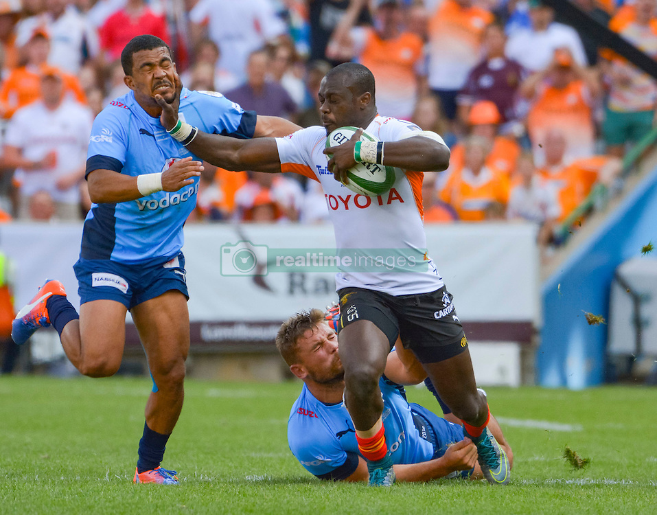 Raymond Rhule of the Free State Cheetahs and Rudy Paige of the Blue Bulls  during the Currie Cup Final between the The Free State Cheetahs and Blue Bulls held at Toyota Stadium (Free State Stadium), Bloemfontein, South Africa on the 22nd October 2016<br /> <br /> Photo by:   Frikkie Kapp / Real Time Images
