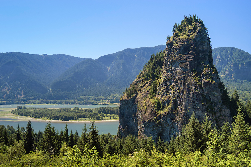 Beacon Rock; Beacon Rock State Park, Columbia River Gorge, Washington.