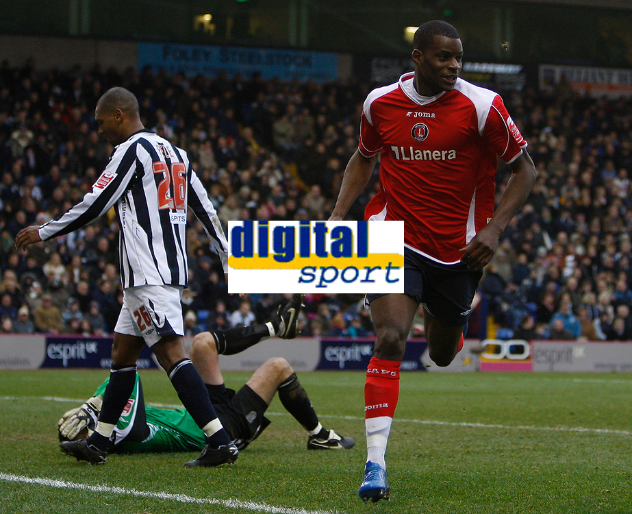 Photo: Steve Bond/Sportsbeat Images.<br /> West Bromwich Albion v Charlton Athletic. Coca Cola Championship. 15/12/2007. Izale McLeod turns to celebrate