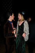 MATTHEW WILLIAMSON; ROISIN MURPHY, British Fashion Awards Ceremony. Supported by Swarovski and organised by British Fashion Council. Lawrence Hall. Greycoat St. London SW1. 25 November 2008 *** Local Caption *** -DO NOT ARCHIVE-© Copyright Photograph by Dafydd Jones. 248 Clapham Rd. London SW9 0PZ. Tel 0207 820 0771. www.dafjones.com.