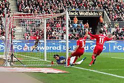 13.02.2010,  Rhein Energie Stadion, Koeln, GER, 1.FBL, FC Koeln vs Mainz 05, 22. Spieltag, im Bild: Torjubel / Jubel nach dem 1:0 durch Lukas Podolski (Koeln #10) durch einen Freisstoss. Heinz Mueller (Torwart Mainz) (li.) geschlagen  EXPA Pictures © 2011, PhotoCredit: EXPA/ nph/  Mueller       ****** out of GER / SWE / CRO  / BEL ******