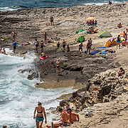 Medulin 2015 07 08 Kroatien<br /> Kamenjak National Park<br /> Stenstr&auml;nder och klippbad med fantastiskt vatten<br /> ----<br /> FOTO : JOACHIM NYWALL KOD 0708840825_1<br /> COPYRIGHT JOACHIM NYWALL<br /> <br /> ***BETALBILD***<br /> Redovisas till <br /> NYWALL MEDIA AB<br /> Strandgatan 30<br /> 461 31 Trollh&auml;ttan<br /> Prislista enl BLF , om inget annat avtalas.