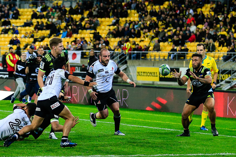Vince Aso  prepares to catch the pass during the Super Rugby union game between Hurricanes and Sunwolves, played at Westpac Stadium, Wellington, New Zealand on 27 April 2018.   Hurricanes won 43-15.
