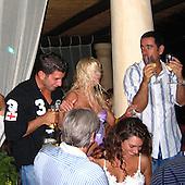 Tara Reid Italy 08/05/2004