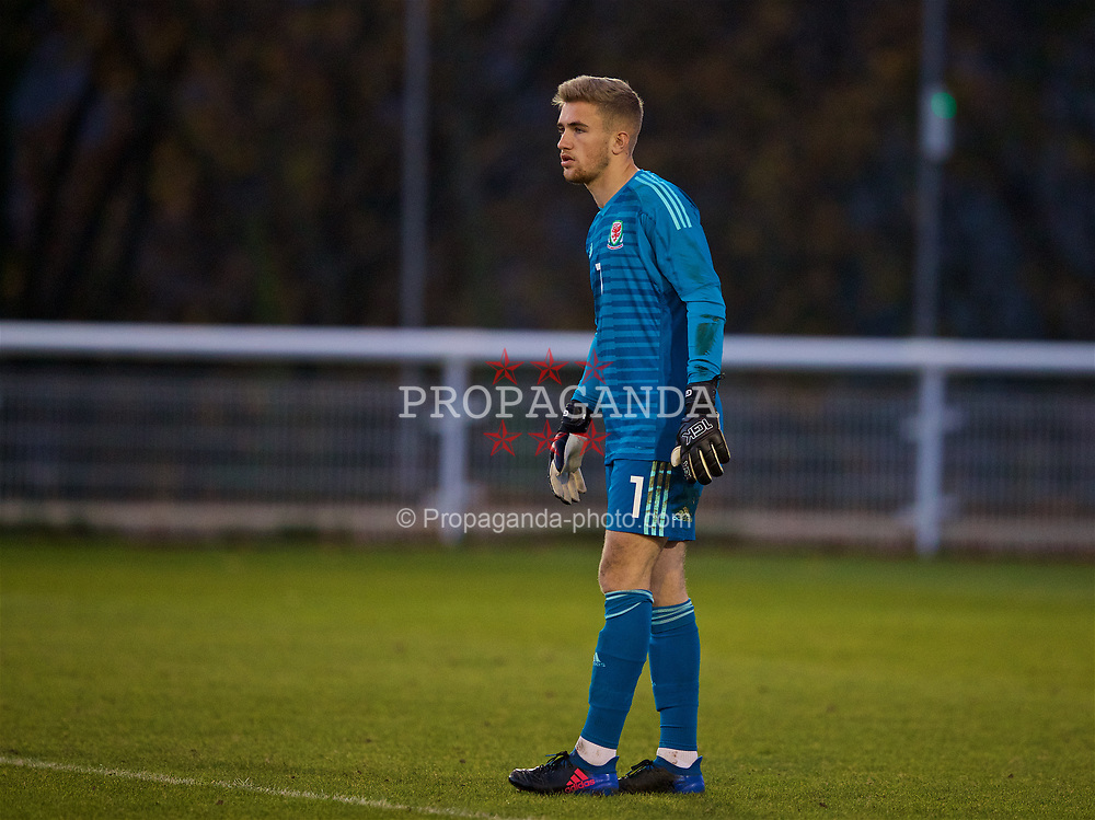 BANGOR, WALES - Saturday, November 17, 2018: Wales' goalkeeper George Ratcliffe during the UEFA Under-19 Championship 2019 Qualifying Group 4 match between Sweden and Wales at the Nantporth Stadium. (Pic by Paul Greenwood/Propaganda)