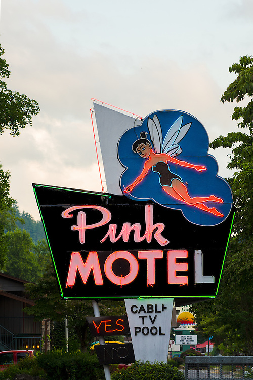 The Pink Motel, Cherokee North Carolina