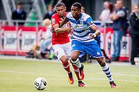 ZWOLLE - 18-09-2016, PEC Zwolle - AZ, MAC3park Stadion, AZ speler Dabney dos Santos Souza, PEC Zwolle speler Kingsley Ehizibue