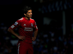 LIVERPOOL, ENGLAND - Saturday, October 1, 2011: Liverpool's Luis Alberto Suarez Diaz in action against Everton during the Premiership match at Goodison Park. (Pic by David Rawcliffe/Propaganda)