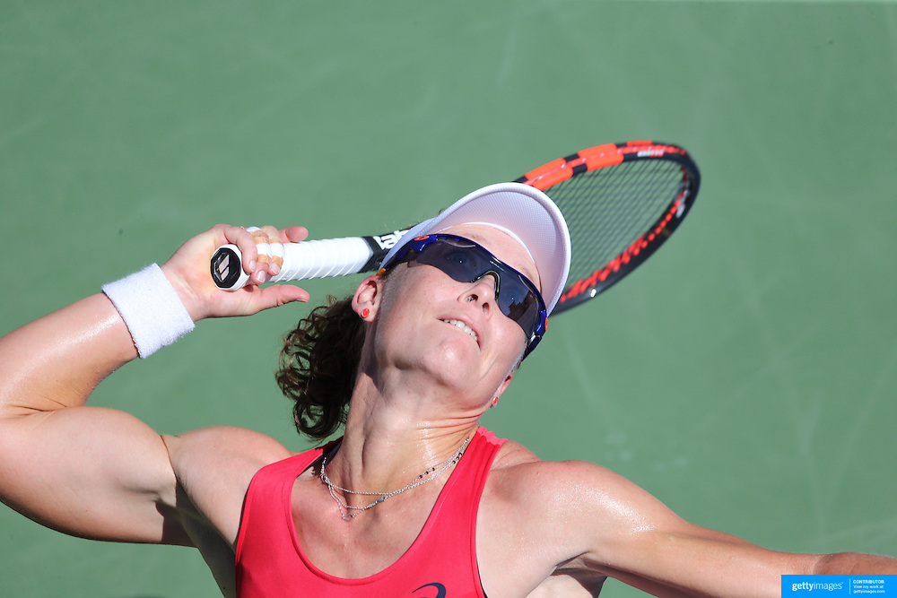 Samantha Stosur, Australia, in action against Sara Errani, Italy, during the US Open Tennis Tournament, Flushing, New York, USA. 5th September 2015. Photo Tim Clayton
