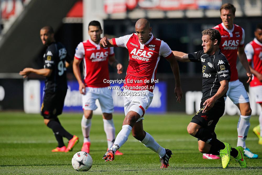 ALKMAAR - 04-09-2014 - AZ - KV Mechelen, oefenduel, AFAS Stadion, 2-1, AZ speler Simon Poulsen (m), KV Mechelen speler Rits Mats (r).