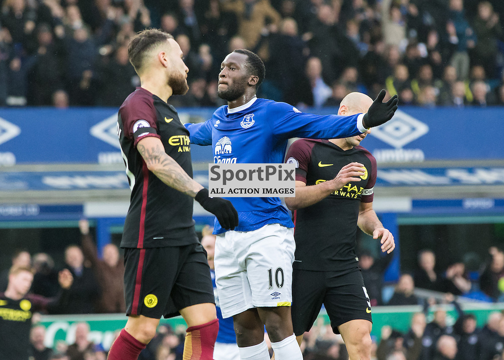 Nicolas Otamendi of Manchester City  looks on as Romelu Lukaku of Everton celebrates opening the scoring.Everton v Manchester City, Barclays English Premier League, 15th January 2017. (c) Paul Cram | SportPix
