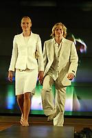 Idrett, 9. juni 2004, presentasjon av OL-kolleksjon foran OL i Athen 2004, modeller, modell