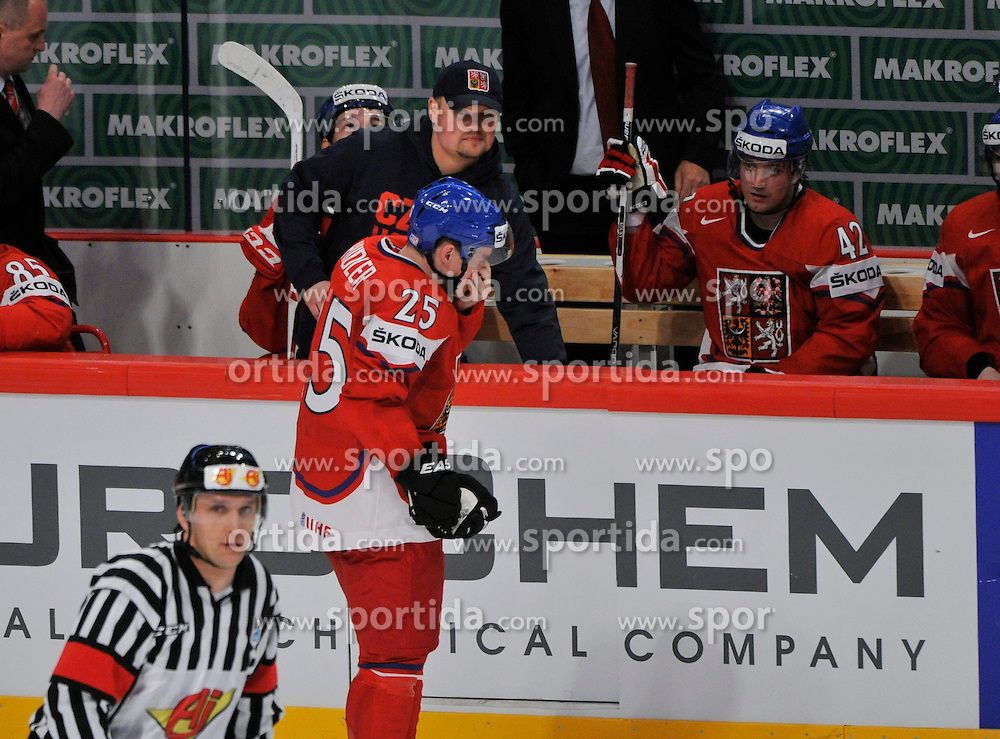 09.05.2013, Globe Arena, Stockholm, SWE, IIHF, Eishockey WM, Tschechische Republik vs Daenemark, im Bild Czech Republic (Tjeckien) 25 Jiri Hudler skadad // during the IIHF Icehockey World Championship Game between Czech Republic and Denmark at the Ericsson Globe, Stockholm, Sweden on 2013/05/09. EXPA Pictures © 2013, PhotoCredit: EXPA/ PicAgency Skycam/ Simone Syversson..***** ATTENTION - OUT OF SWE *****