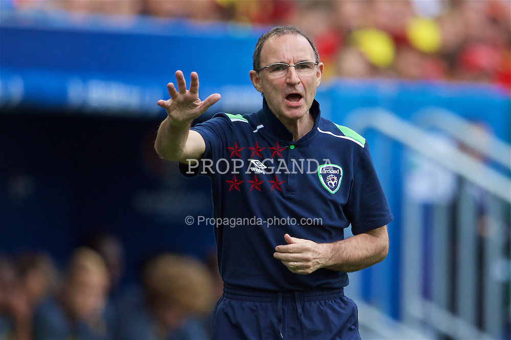 BORDEAUX, FRANCE - Saturday, June 18, 2016:  Republic of Ireland's manager Martin O'Neill during the UEFA Euro 2016 Championship Group E match against Belgium at the Stade de Bordeaux. (Pic by Paul Greenwood/Propaganda)