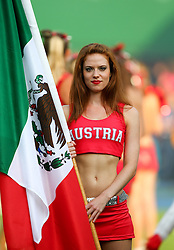 15.07.2011, Ernst Happel Stadion, Wien, AUT, American Football WM 2011, Japan (JAP) vs Mexico (MEX), im Bild Cheerleader with the mexican flag // during the American Football World Championship 2011 game, Japan vs Mexico, at Ernst Happel Stadion, Wien, 2011-07-15, EXPA Pictures © 2011, PhotoCredit: EXPA/ T. Haumer