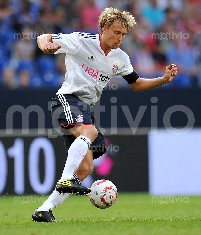 FUSSBALL   LIGA TOTAL CUP 2010   2. HALBFINALE FC Bayern Muenchen - 1. FC Koeln      31.07.2010 Stefan SAGER (Bayern Muenchen) Einzelaktion am Ball