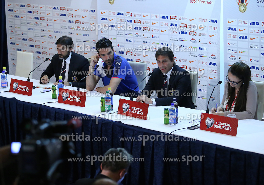 11.06.2015, Stadion Poljud, Split, CRO, UEFA Euro 2016 Qualifikation, Kroatien vs Italien, Gruppe H, Pressekonferenz Italien, im Bild Selector Antonio Conte and captain Gianluigi Buffon // during press conference of team Italy pror to the UEFA EURO 2016 qualifier group H match between Croatia and and Italy at the Stadion Poljud in Split, Croatia on 2015/06/11. EXPA Pictures &copy; 2015, PhotoCredit: EXPA/ Pixsell/ Ivo Cagalj<br /> <br /> *****ATTENTION - for AUT, SLO, SUI, SWE, ITA, FRA only*****
