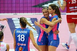 24-04-2016 ITA: Nordmeccanica Piacenza - Foppapedretti Bergamo, Piacenza<br /> Piacenza wint de laatste wedstrijd in the best of three serie met 3-1 en plaatst zich voor de finale / FRANCESCA MARCON E FLOORTJE MEIJNERS<br /> <br /> ***NETHERLANDS ONLY***