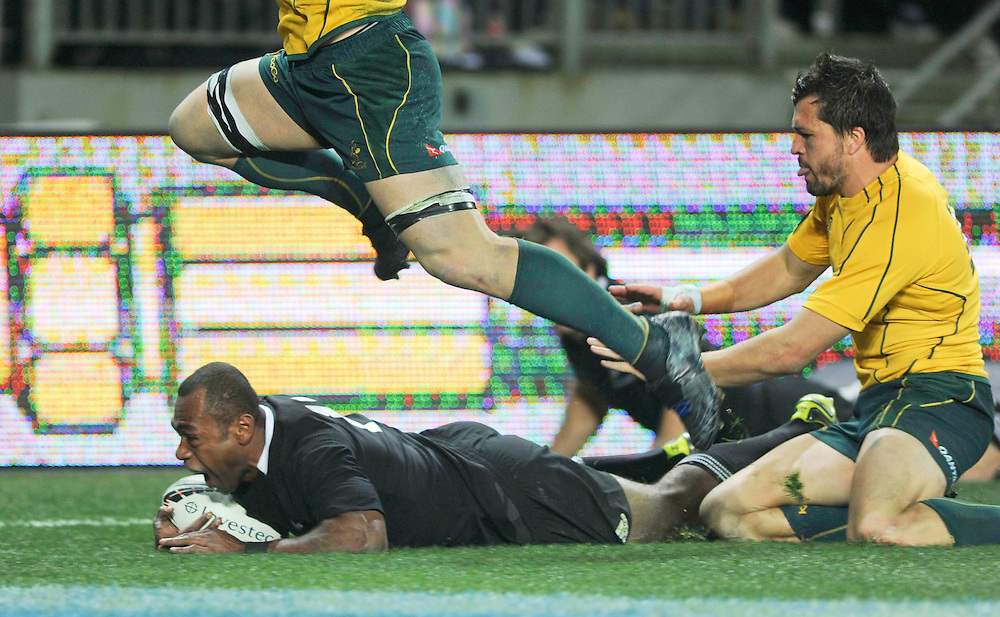 New Zealands Sitiveni Sivivatu dives in to score a try against Australia in the Bledisloe Cup Tri-nations rugby test, Eden Park, Auckland, New Zealand, Saturday, August 06, 2011. Credit:SNPA / Ross Land