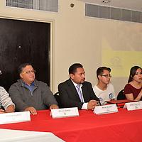 Toluca, México.- Asociaciones civiles como Fundación Tlaloc, Centro de Experimentación y Seguridad Vial (CESVI) y la Asociación México Previene, durante el foro  Salvando Vidas Seguridad Vial señalaron que los accidentes viales representan la primera causa de muerte en niños y jóvenes en el Estado de México.  Agencia MVT / José Hernández