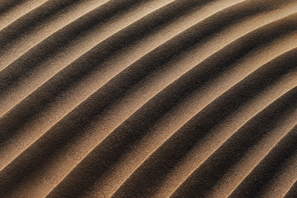 Sand pattern in the dunes at the Lagoon of Khenifiss (Lac Naila), Atlantic coast, Morocco.