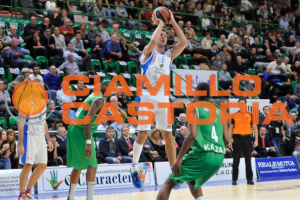 DESCRIZIONE : Eurolega Euroleague 2014/15 Gir.A Dinamo Banco di Sardegna Sassari - Unics Kazan<br /> GIOCATORE : Giacomo Devecchi<br /> CATEGORIA : Tiro<br /> SQUADRA : Dinamo Banco di Sardegna Sassari<br /> EVENTO : Eurolega Euroleague 2014/2015<br /> GARA : Dinamo Banco di Sardegna Sassari - Unics Kazan<br /> DATA : 04/12/2014<br /> SPORT : Pallacanestro <br /> AUTORE : Agenzia Ciamillo-Castoria / Luigi Canu<br /> Galleria : Eurolega Euroleague 2014/2015<br /> Fotonotizia : Eurolega Euroleague 2014/15 Gir.A Dinamo Banco di Sardegna Sassari - Unics Kazan<br /> Predefinita :