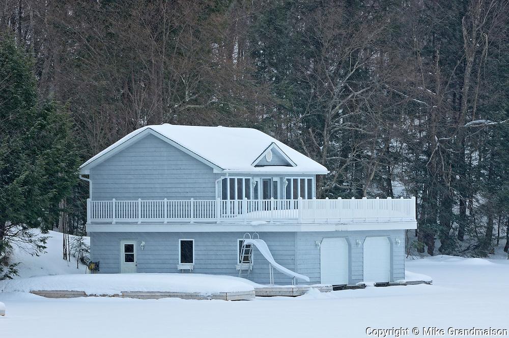 Cottage in winter<br /> Muskoka Country<br /> Ontario<br /> Canada